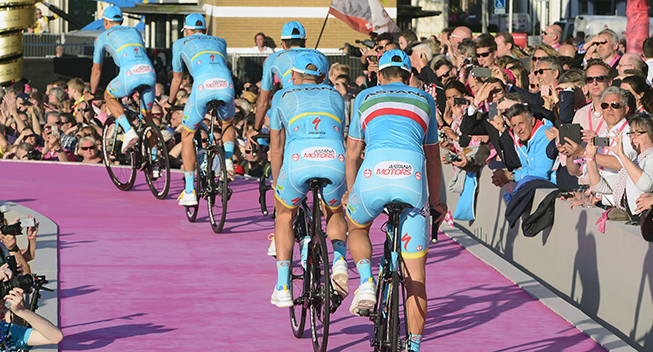 Giro 2016 holdpresentation Apeldoorn Astana