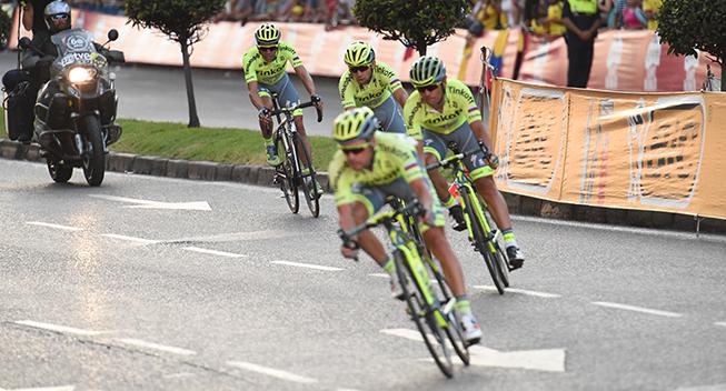 Vuelta2016 21 etape Alberto Contador og holdkammeraterne