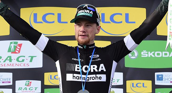 Paris-Nice 3 etape 2017 Sam Bennett podiet