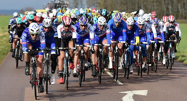 Paris-Nice 3 etape 2017 peloton FDJ